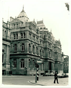 Municipal Buildings, Calverley Street frontage